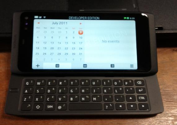 Photo of N950 with open keyboard. From http://twitpic.com/5enaym